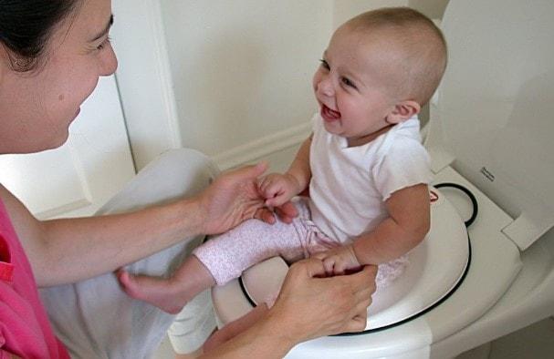 Cara Mengatasi Sembelit Pada Bayi