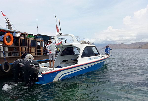 Dive Boats at Komodo Island