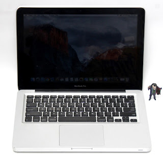 "Jual MacBook Pro ""Core i5"" 2.3 13"" Early 2011 Bekas"