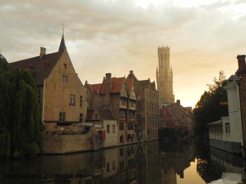 Turnul Belfry din Bruges, la apus