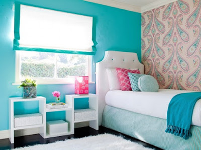 dekorasi kamar tidur anak perempuan warna biru yang besih dan rapi