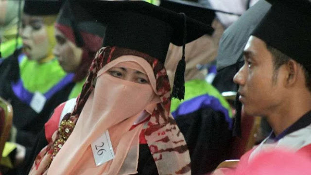 Image result for menteri agama dosen hayati