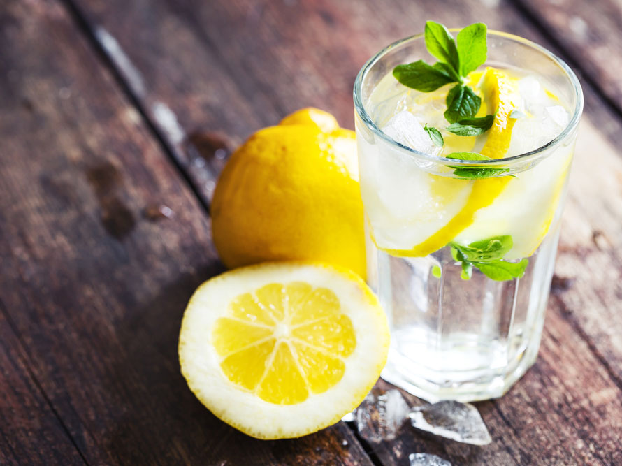 6 Ways to Use Lemons for Your Health