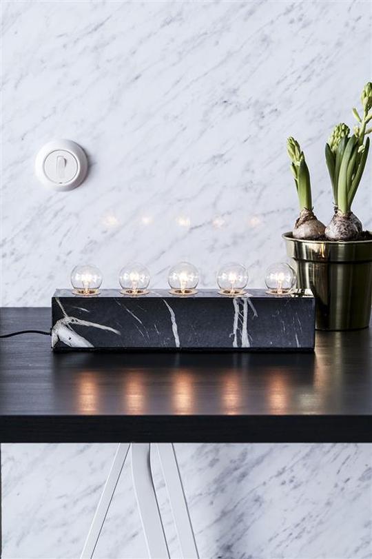 Markslöjds Norby-ljusstake i marmor | www.var-dags-rum.se