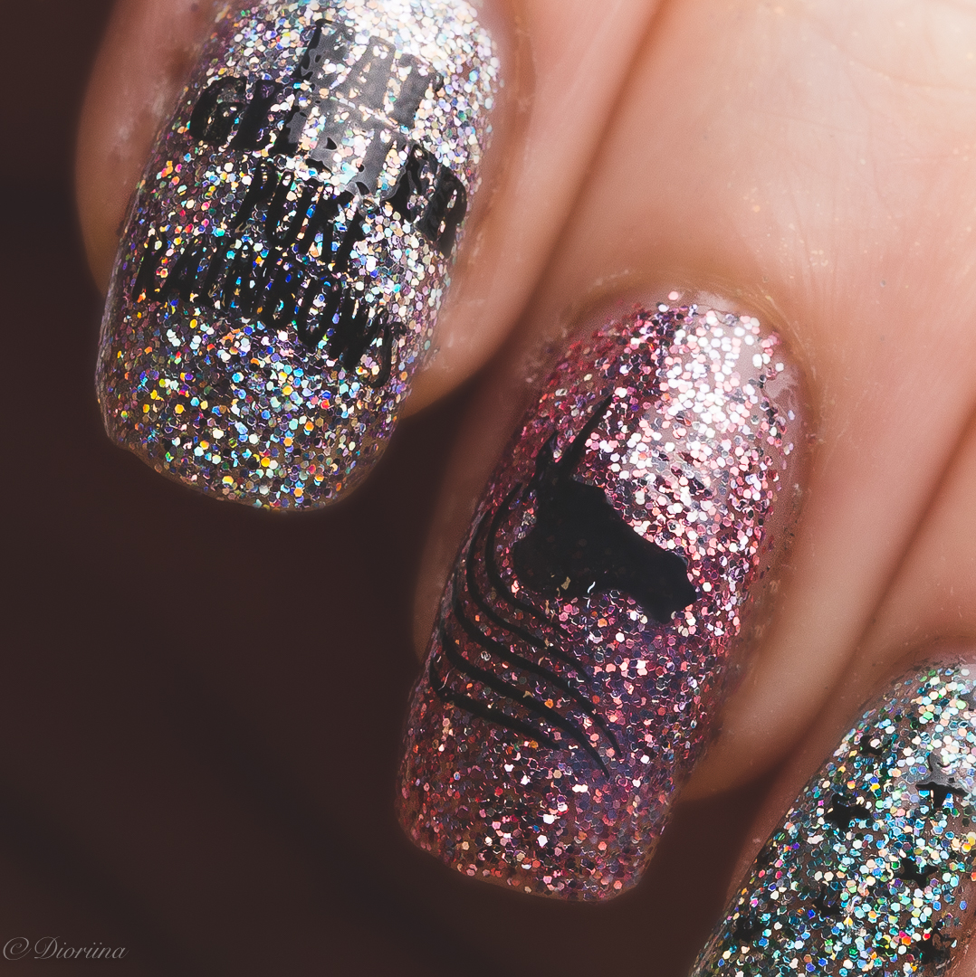 Uber Chic Unicorn love nails