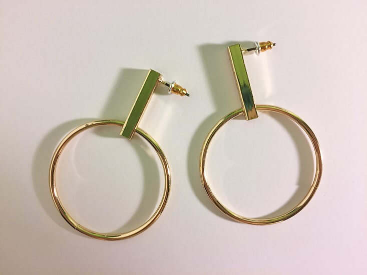 rue21 Gold bar and hoop earrings