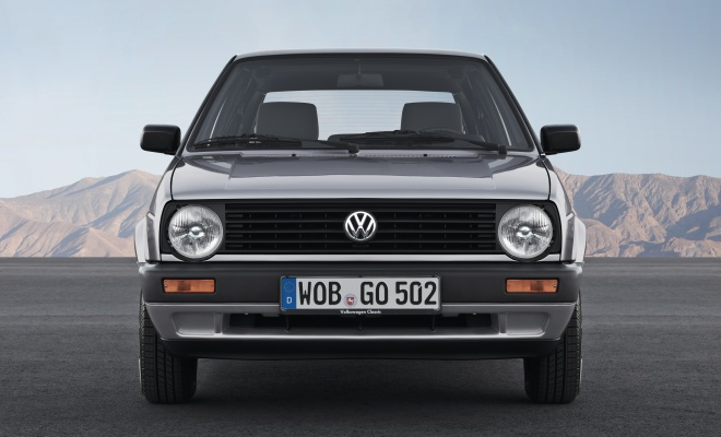 Volkswagen Golf II front view