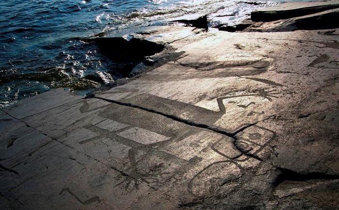 Карелия достопримечательности и Онежские петроглифы