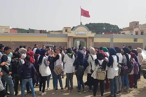 """تلاميذ بمقريصات يحتجون ضد """"احتقان التعليم"""""""