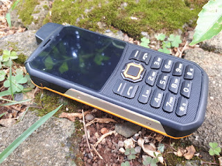 Landrover F8 Walkie Talkie UHF Outdoor IP67 Certified Water Dust Shock Proof