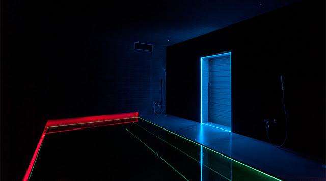 光の芸術、ジェームズ・タレル日本で見れるタレルの作品【a】 光の館 Ligth Bat
