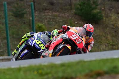 Alasan Rossi Takut Kejar Poin Marquez