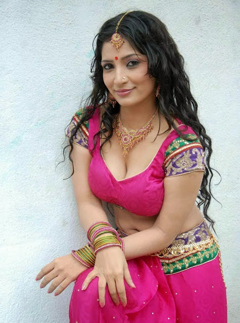 Mallu Aunties pictures