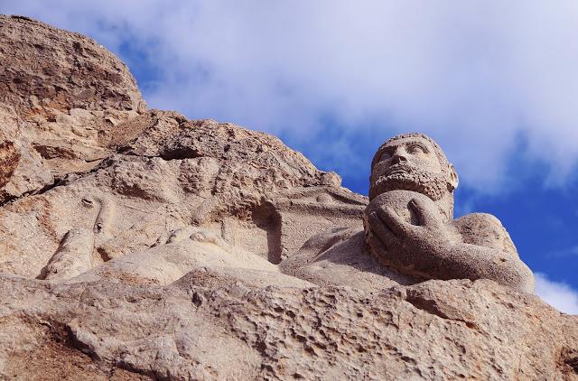 La estatua de Hércules y el León.