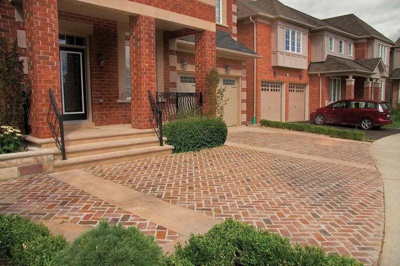 brick-front-entryway