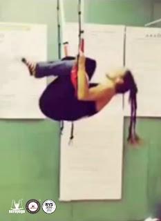 yoga, aeroyoga, barcelona, aerial yoga, columpio, hamaca, cursos, trapecio, trapeze, aerial, air, swing, body, cursos, clases, escuelas, formacion, wellness, pilates, fitness, acro