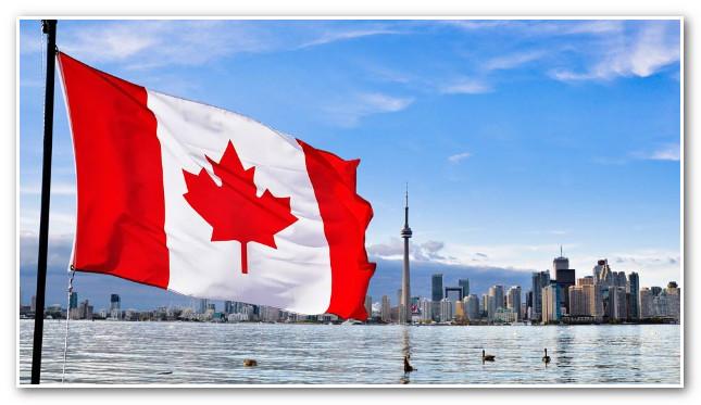 كندا تخطط لاستقبال 350 ألف مهاجر في أفق 2021