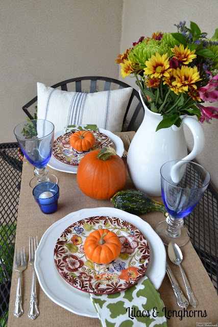fall tablescape blue orange burlap table runner fall flowers