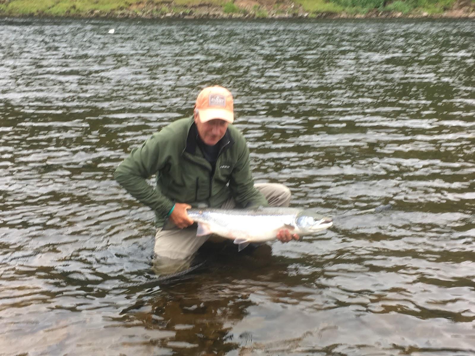 Scottish fishing guide salmon fishing river tay for River fishing tips
