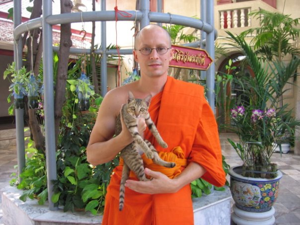 two monkeys buddhism: On being a temporary monk in Thailand