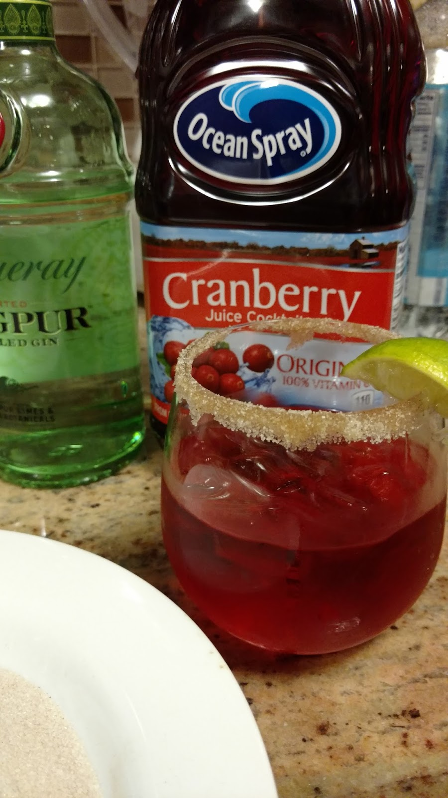 Cranberry Fizz Cocktail Recipe: Cranberry Fizz A Festive Holiday Drink