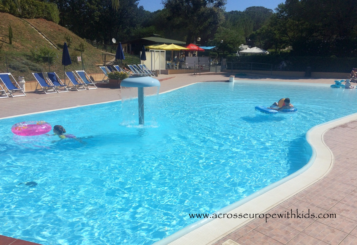 swimming pools camping Valle Gaia Tuskany