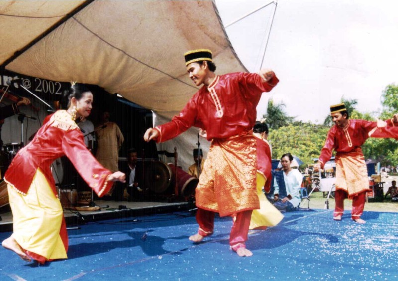 World Information Culture : The types of traditional Dance