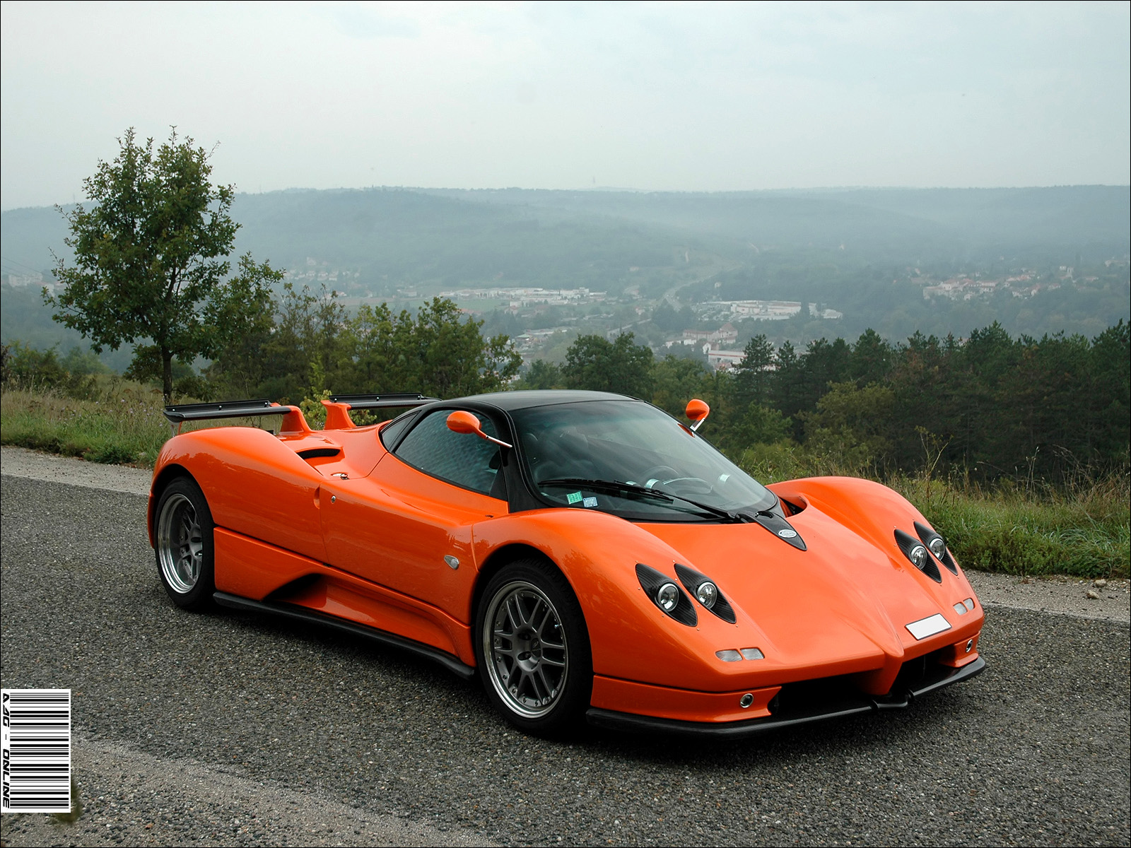prototype 0 stunning pagani zonda c12s for sale. Black Bedroom Furniture Sets. Home Design Ideas