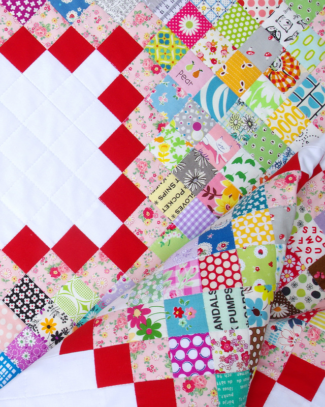 Scrap Buster Quilt ~ An Irish Chain Quilt | © Red Pepper Quilts 2017