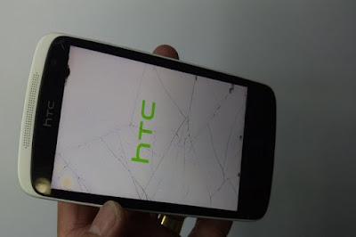 Thay màn hình HTC Desire Eye giá bao nhiêu