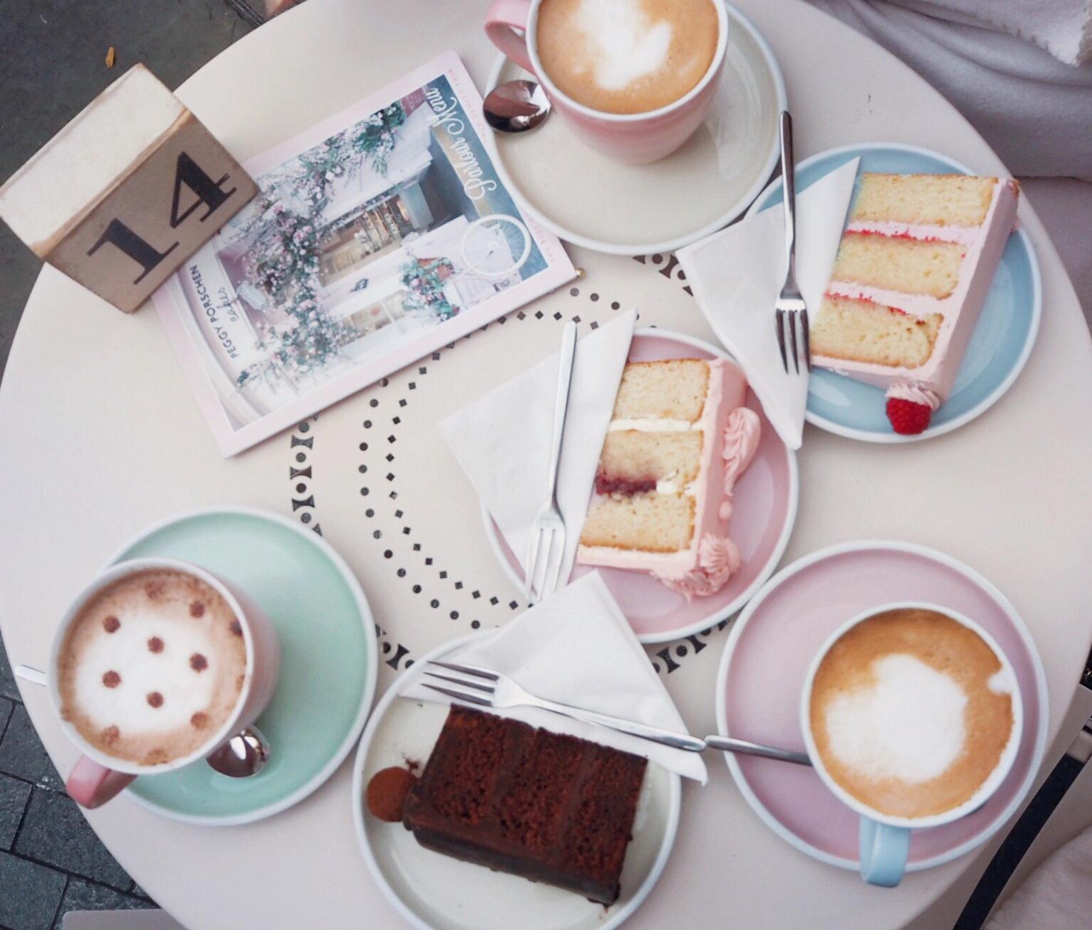 Peggy Porschen cakes