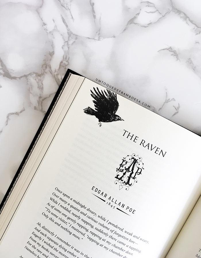 Primeira página do conto O Corvo na sua versão orginal em inglês, The Raven, de Edgar Allan poe