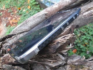 Hape Outdoor DOOGEE T5 4G LTE Ram 3GB Octacore IP67 Certified Dual Back Cover