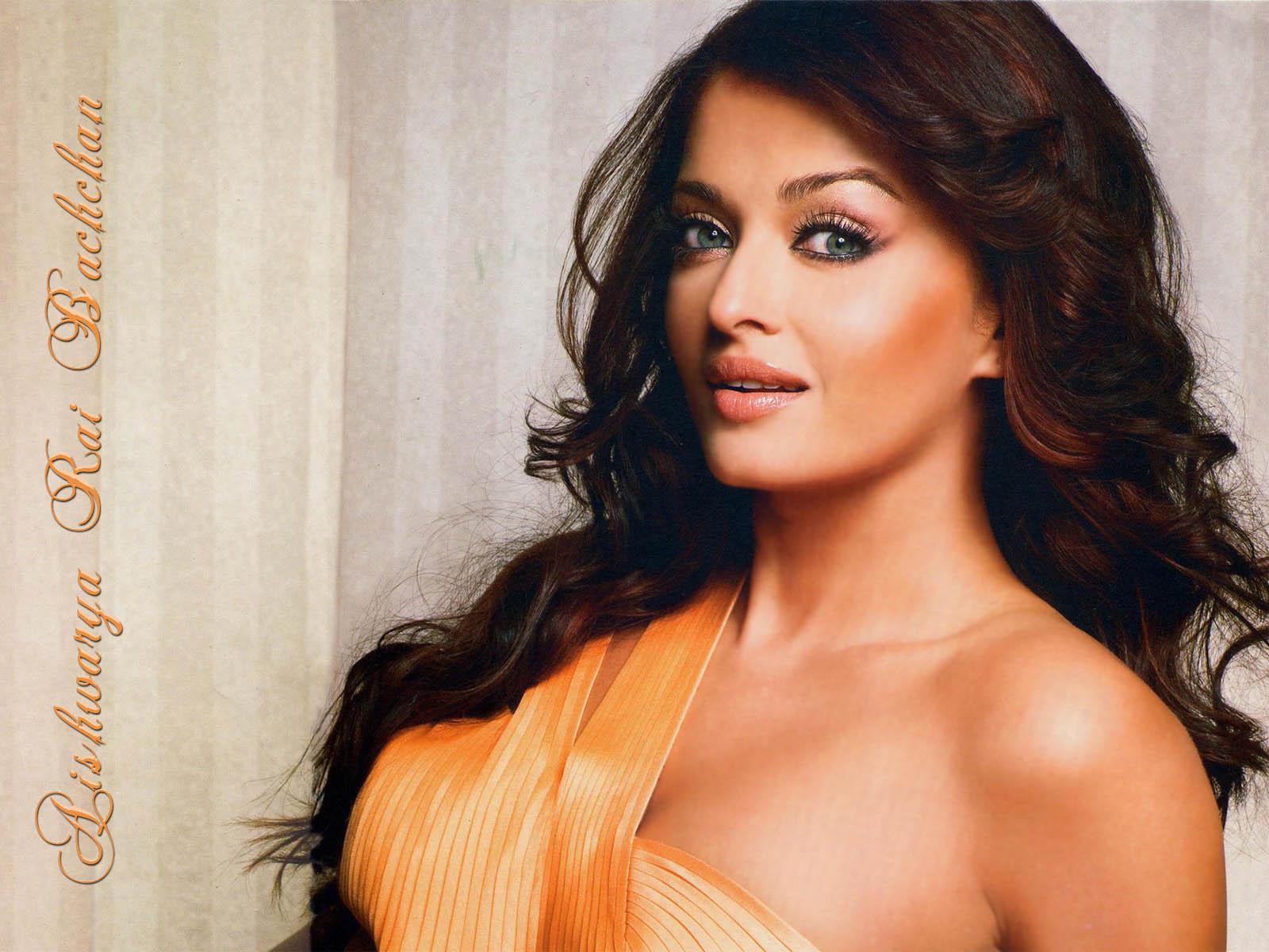 Aishwarya Rai Hot Pics Photos - Indian Actress Photo -7905