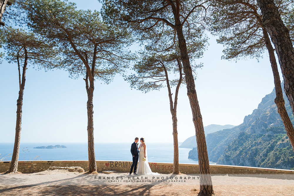 Bride and groom in Amalfi coast pine grove