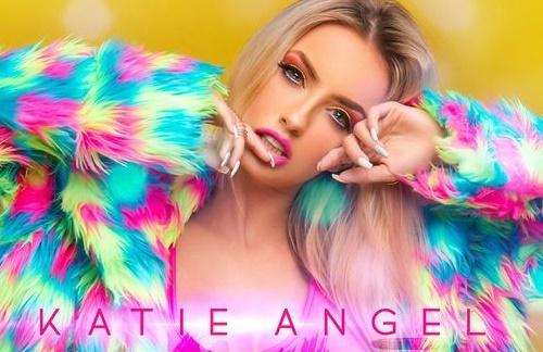 Katie Angel - Mal De La Cabeza