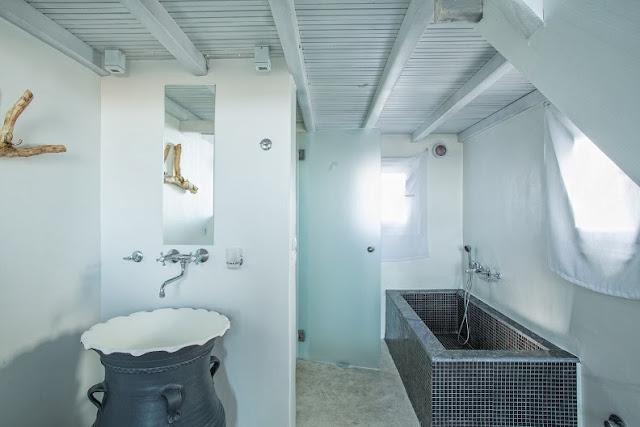 guest house in mykonos island
