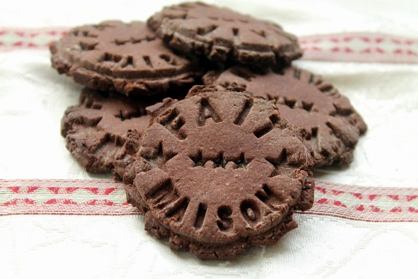 Galletas de chocolate amargo, jengibre y canela