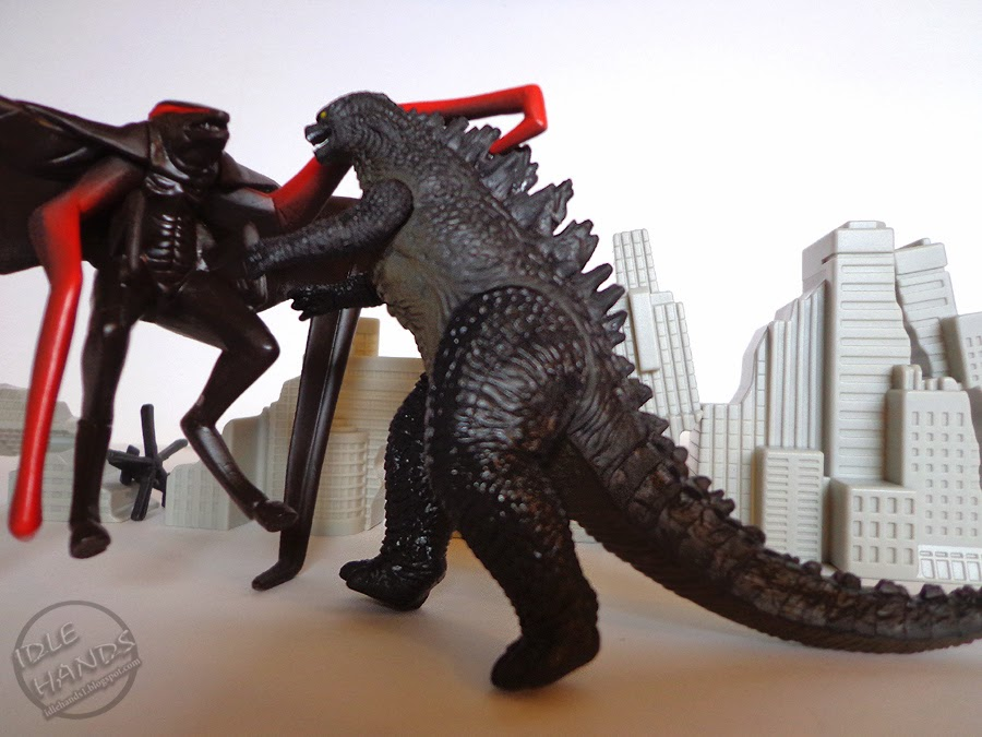 Idle Hands Destroy Your Tiny Cities With Bandai S Godzilla 2014