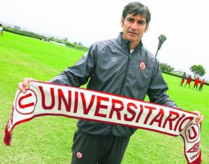 Foto de Óscar Ibáñez cuando era técnido de Universitario