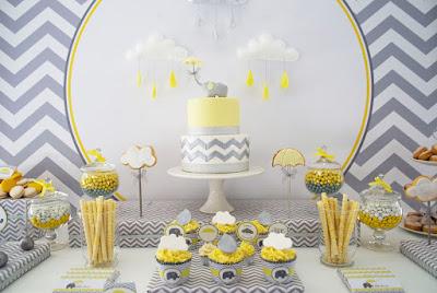 Decoração de Chá de bebê ou fralda sem gênero com cores neutras amarelo com listras elefantinho
