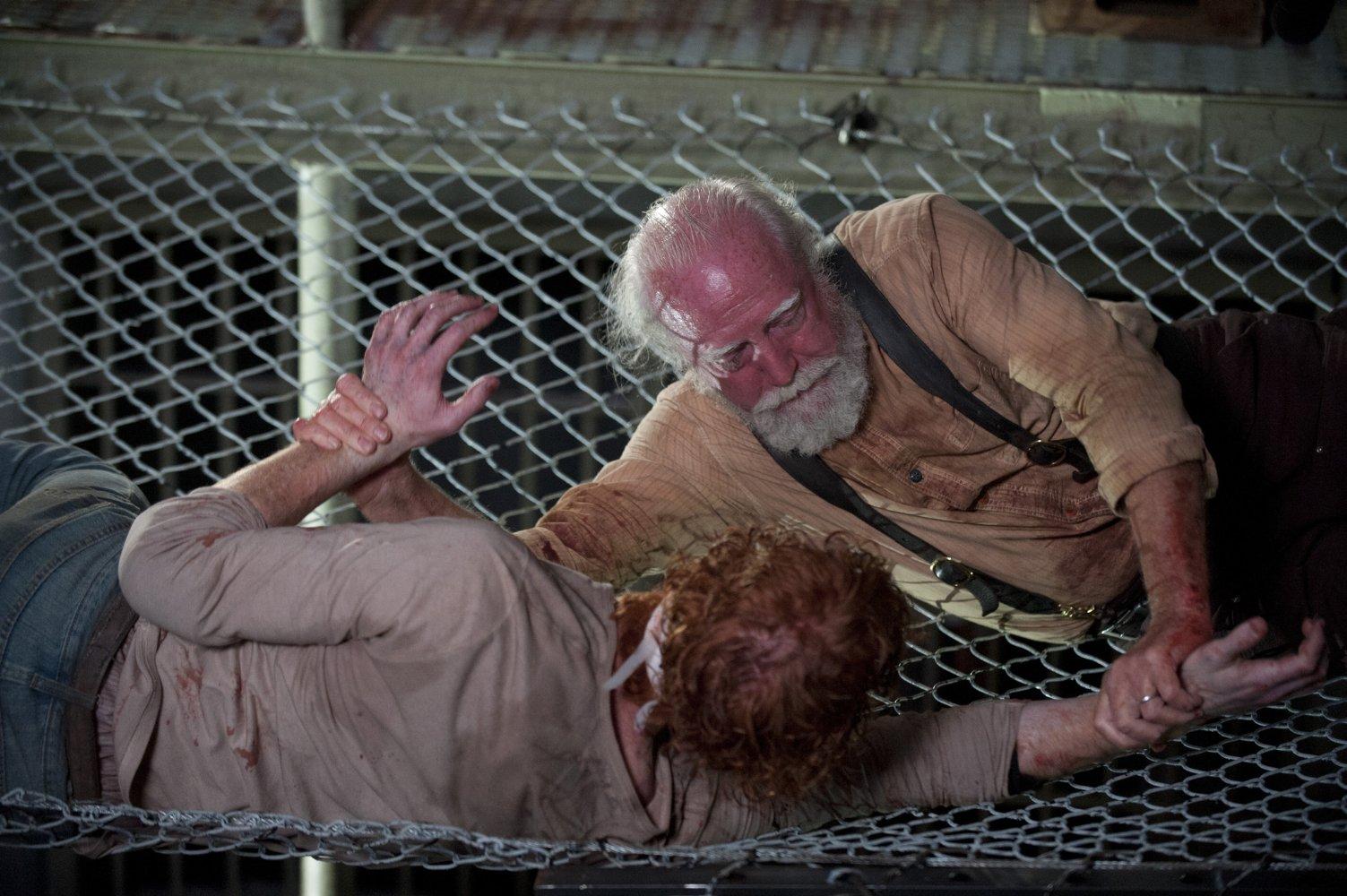 Nonton Film The Walking Dead S04E05: Internment (2013)