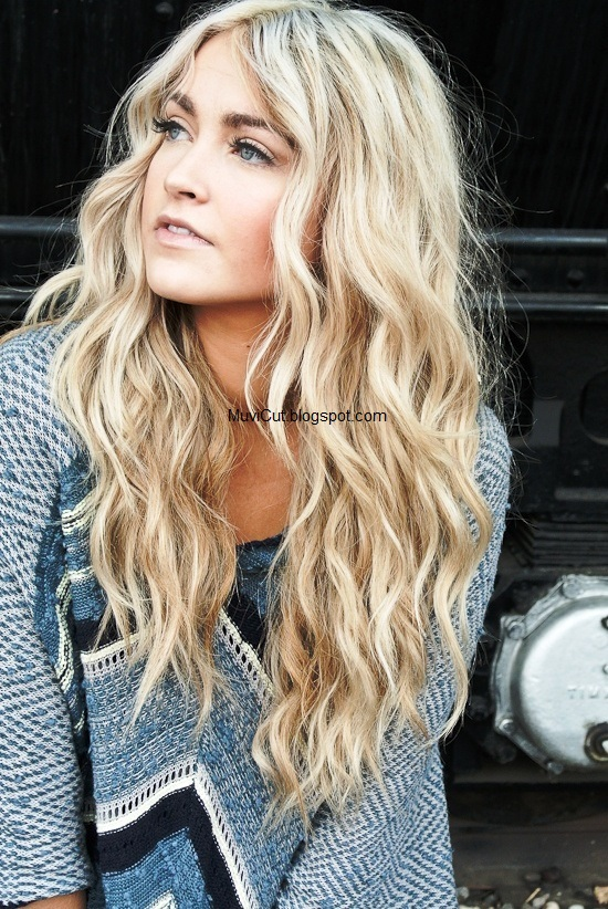 10 easy hairstyles for long hair this summer muvicut hairstyles to capture this cute and easy hairstyle simply create a middle part and blow hair dry with a smoothing cream urmus Gallery