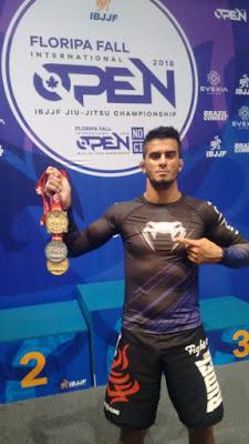 Jefferson de Souza conquista 2 medalhas de ouro no Floripa Fall International Open de Jiu-Jitsu