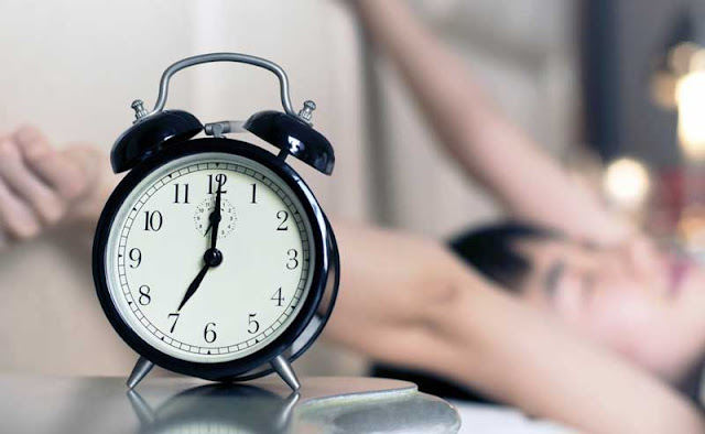 12 Easy Ways to Wake Up Earlier in the Morning
