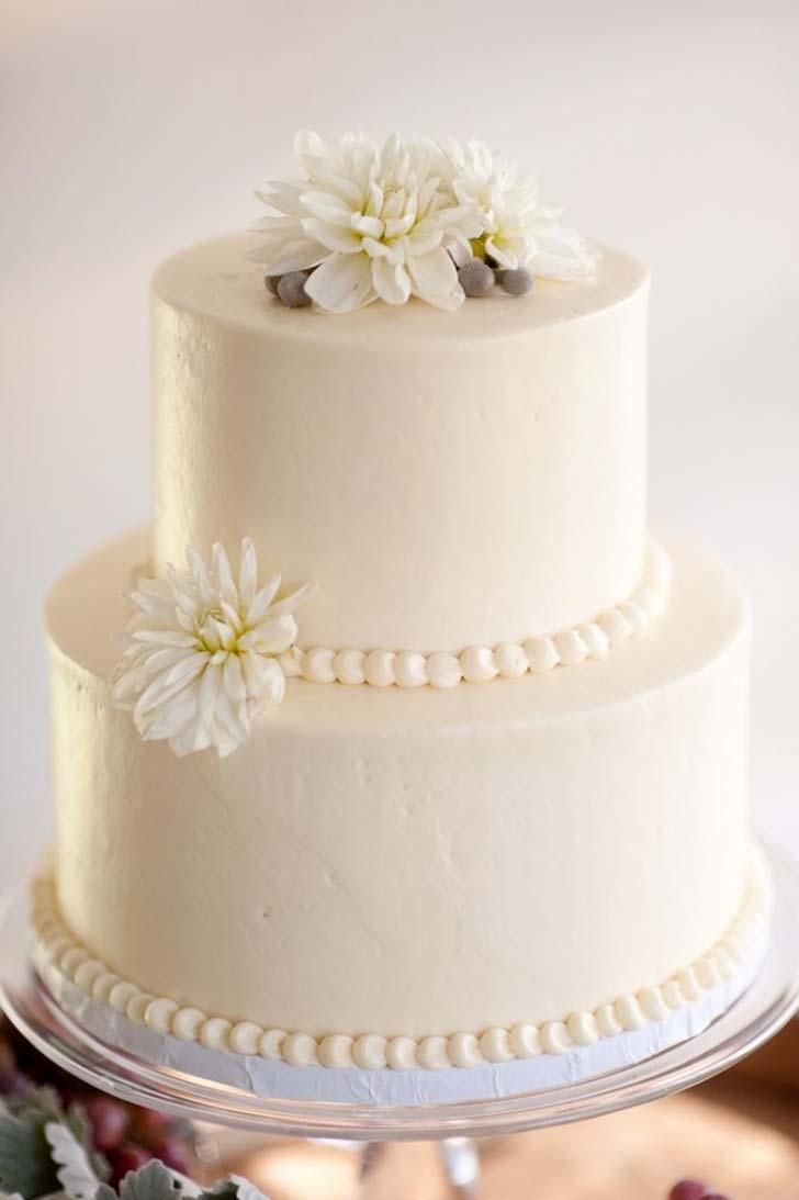 White Wedding Cakes 95 Fabulous Two Tier Wedding Cake