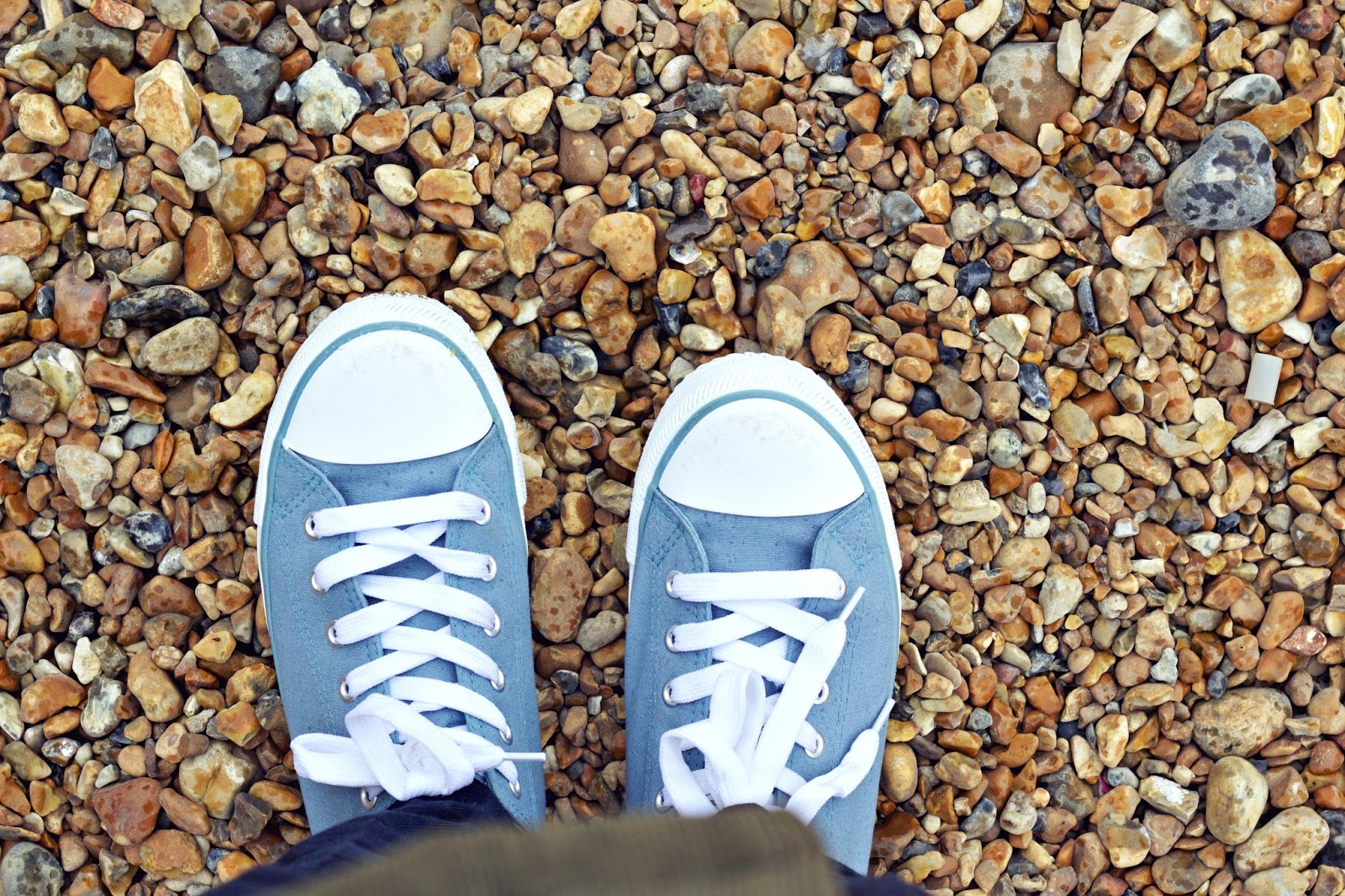 Eastbourne Pier, Blue trainers, Day out in Eastbourne, British seasides, down south UK, Pebble beaches, uk blogger, travel blogging, travel and lifestyle, eastbourne, 100 Ways to 30 Blog