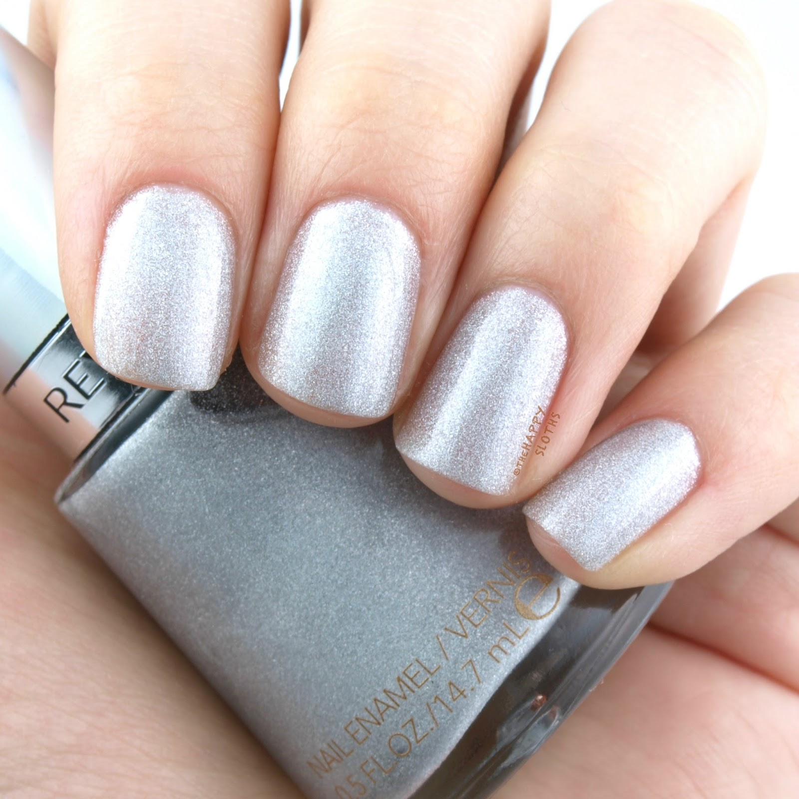 "Revlon Holochrome Nail Polish Collection in ""100 Hologasm"": Review and Swatches"