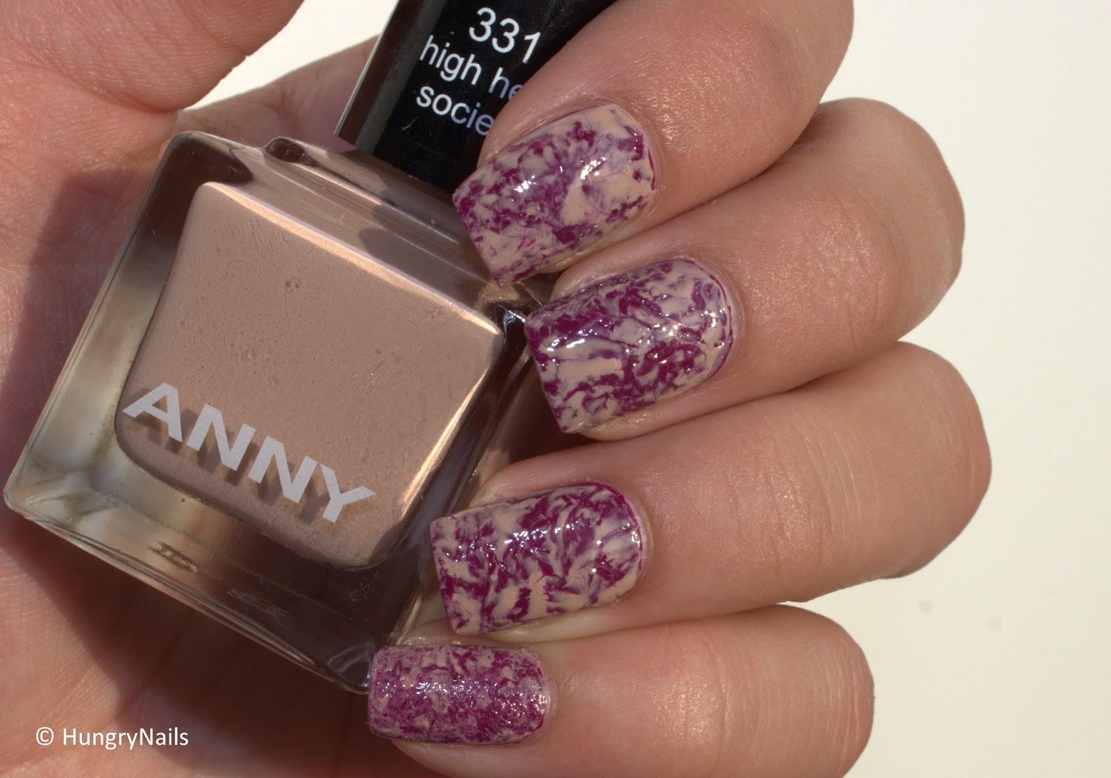 http://hungrynails.blogspot.de/2014/09/nail-art-saran-wrap-nails-mit-anny.html