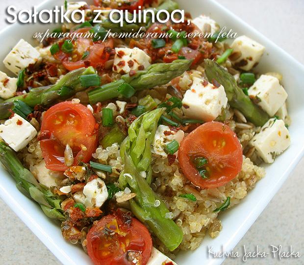 Sałatka z quinoa, szparagami, pomidorami i serem feta